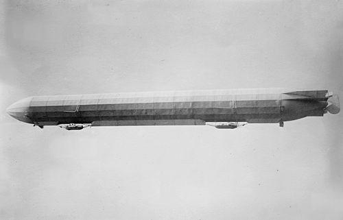 500px-Zeppelin_III_in_flight