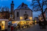 Dachau Weihnachtsmarkt.Der Erste Schnee Kam Punktlich Zum Adventsmarkt