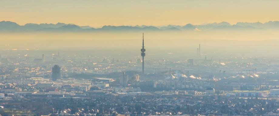Europa, Deutschland, Bayern, München, Alpen, Inversionswetterlage, Luftbild